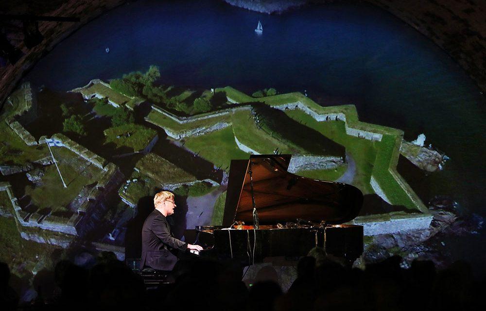 Pianisti Iiro Rantalan musiikillinen sääkatsaus 21.9.