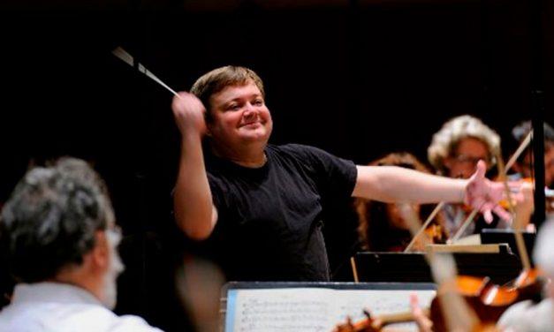 Kesällä kaupunginorkesteri keikkailee tapahtumissa ja musiikkifestivaaleilla