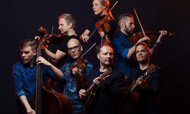 Kansanmusiikkiyhtye Frigg esiintyy kaupunginorkesterin kanssa 13.9.